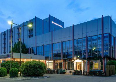 Mercure Hotel Stuttgart Sindelfingen an der Messe Aussenansicht Bei Nacht